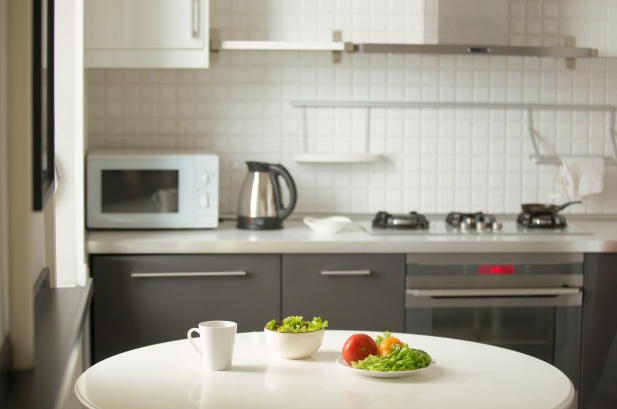 How to Do Kitchen Deep Cleaning the Right Way?